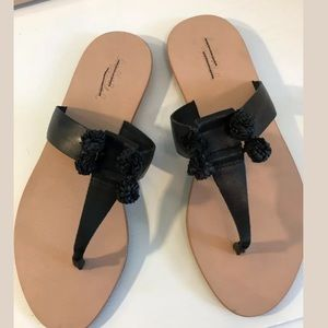 New Loeffler Randall black leather thong sandals 8